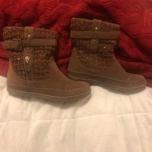 Guess sweater booties